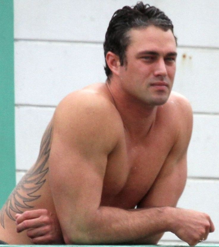 taylor kinney - AOL Image Search Results