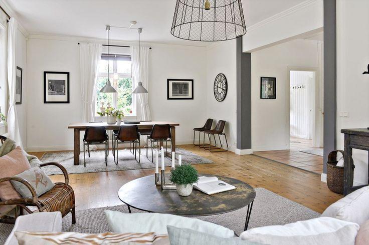 #styling #homestyling #vardagsrum #livingroom Homestyling av gårdsvilla i Täby | Move2