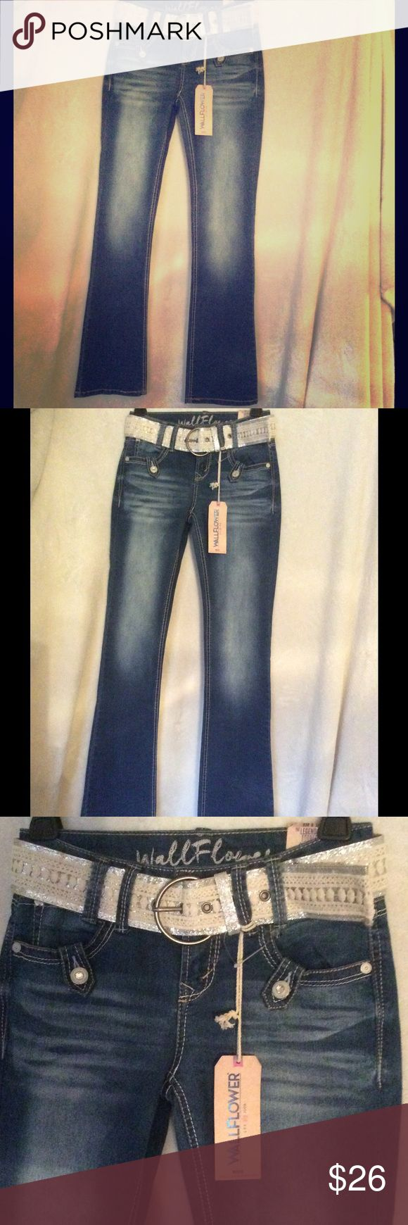 NEW WallFlower Rhinestone Jeans Belt CUTE Size 0 NEW WallFlower The Legendary Fit Rhinestone Bootcut Jeans Size 0 The Classic Heritage Fit sits low on the waist, Includes glittery belt!!   Wallflower Jeans Boot Cut