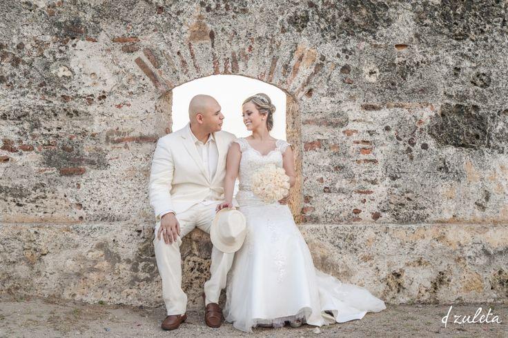 DESTINATION WEDDING IN CARTAGENA, COLOMBIA  CARTAGENA WEDDING PHOTOGRAPHERS  CARIBBEAN WEDDINGS  PRE BODA EN CARTAGENA  FOTÓGRAFOS MATRIMONIOS CARTAGENA (34)