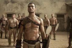 Men of Sparticus  | Spartacus Blood and Sand : remplacement de l'acteur principal