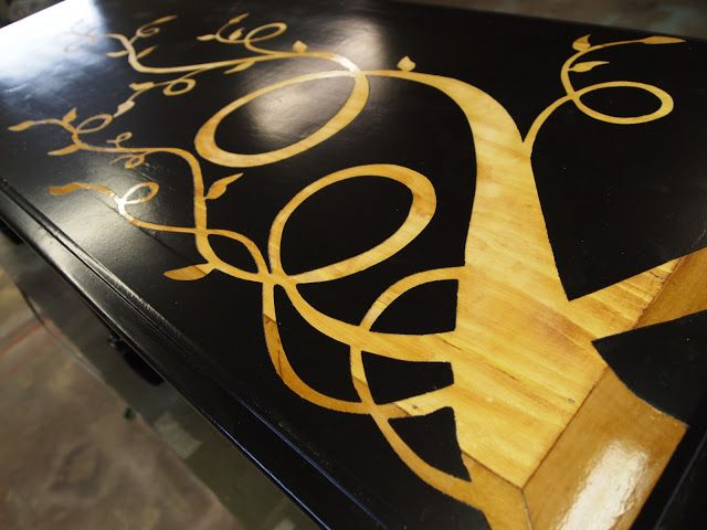Use vinyl as a stencil to reveal beautiful woodgrain designs on painted pieces of furniture! {Sawdust and Embryos}