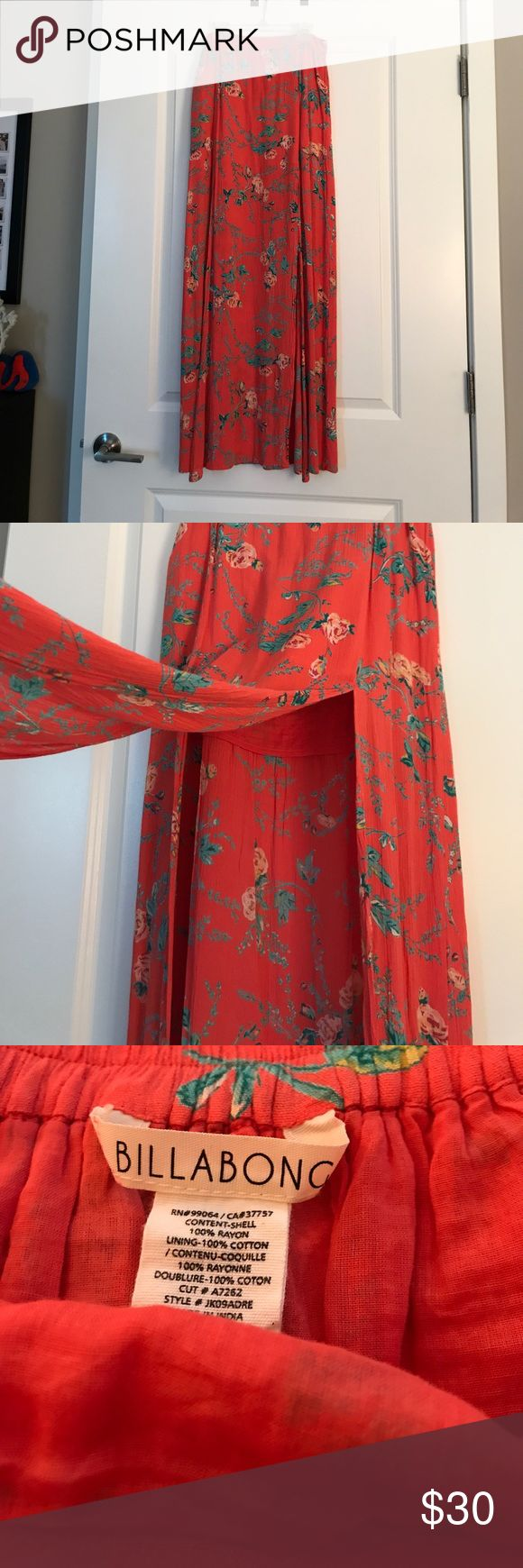 Floral Billabong maxi skirt This skirt has a touch of sexiness with two slits on either side of the middle panel. The lining is a mini skirt that is the length of where the slit starts. Billabong Skirts Maxi