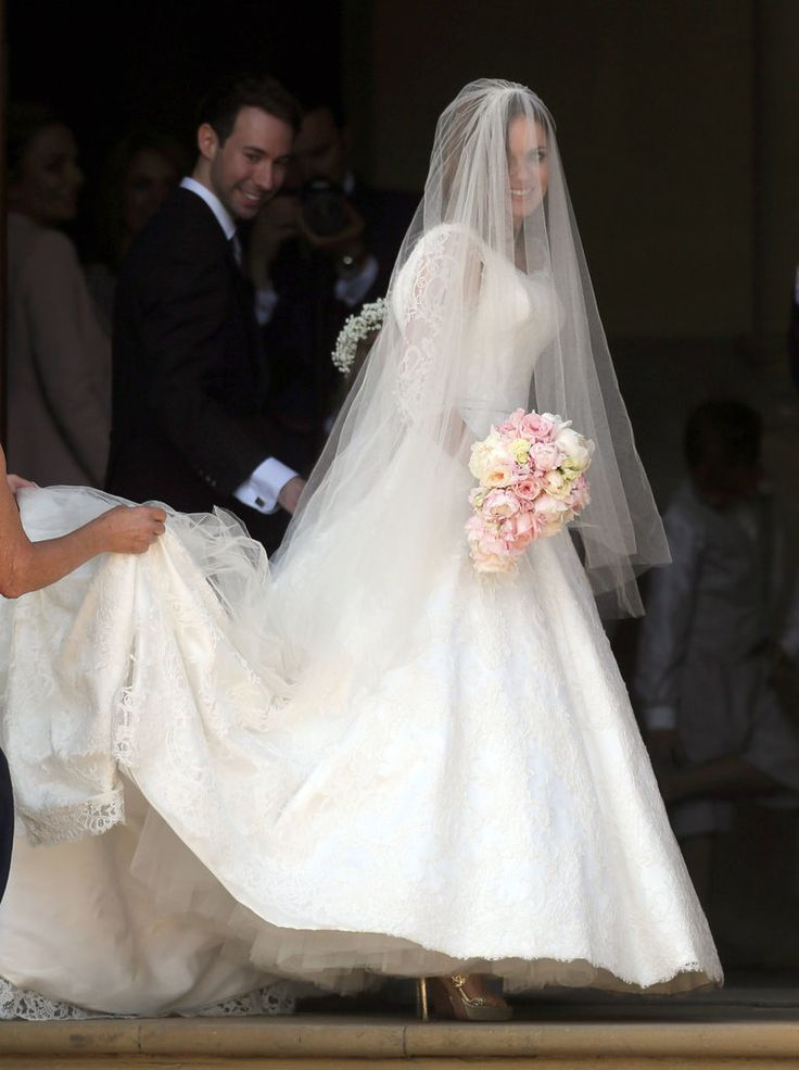 Celebrity Wedding Dresses 1990s : Best ideas about celebrity wedding gowns on