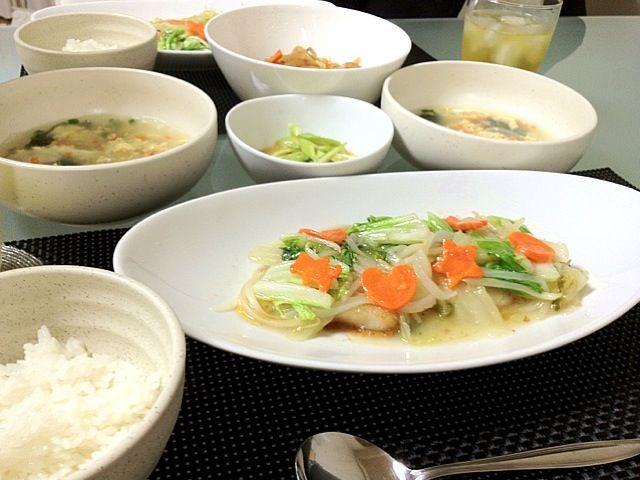 その他… ⚫セロリの塩麹浅漬け ⚫切干し大根の煮物 でした ♪(*^^)o∀*∀o(^^*)♪ - 4件のもぐもぐ - 中華炒め&卵スープ by Sasa