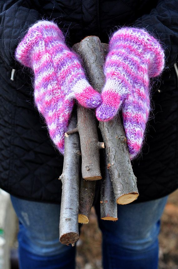 Gloves, Mittens, Mitten Gloves, Cabel Knit Pink Wool Warm Cozy Patterned Chunky Mohair Ladies Cloves, Winter is Coming, Christmas Present