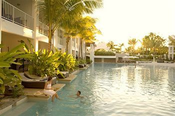 Port Douglas Resorts and Travel Guide
