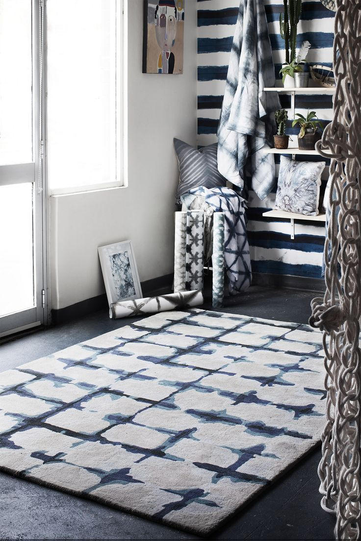Tappeti, fine hand-crafted rugs & carpets   Fold
