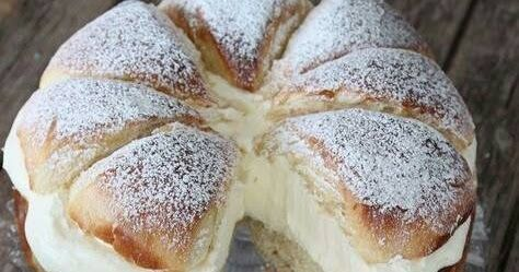 Ingrédients (pour 6 personnes) : Pour la brioche : - 300 g de farine - 15 g de levure de boulanger - 3 œufs + 1 jaune d'œuf pour la...