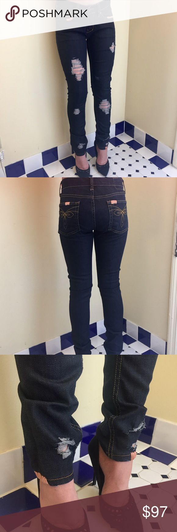 """Distressed Dark Wash Skinny Jeans Sexy, dark wash skinny jeans. These are Ted Baker jeans that have been hand distressed and upcycled. From boring bootcut to on-trend skinnies! Rose gold embroidery thread accents. Size 0 Rise-7""""  Inseam-28.5""""  Waist-25"""" (62417) Ted Baker Jeans Skinny"""