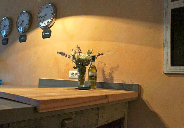 Over the edge cutting board- great for partially concealing ugly countertops
