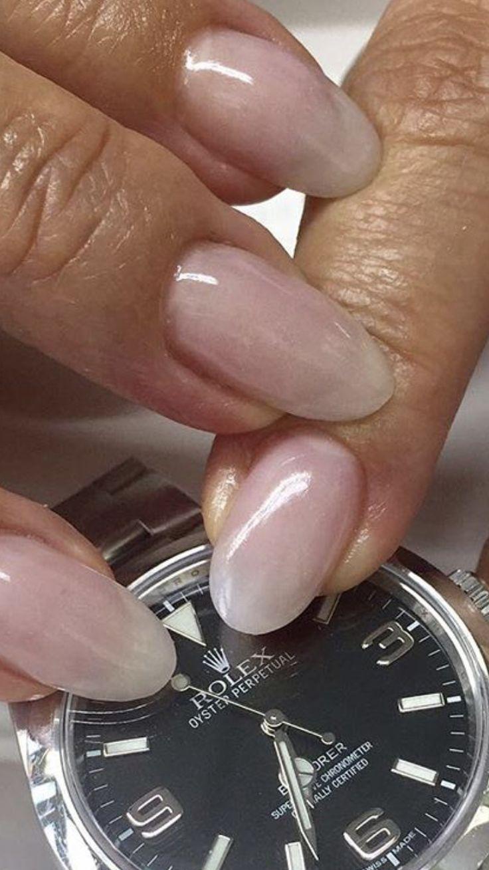 Werbung (durch Produktnennung) Hallo meine Lieben, in Teil II meiner Miniserie widmen wir uns der Fingernagelpflege. Ich leiste mir monatlich seit locker 15 Jahren einen Besuch im Nagelstudio und z…