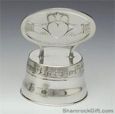irish claddagh wedding cake topper 25 best ideas about wedding cakes on 16474
