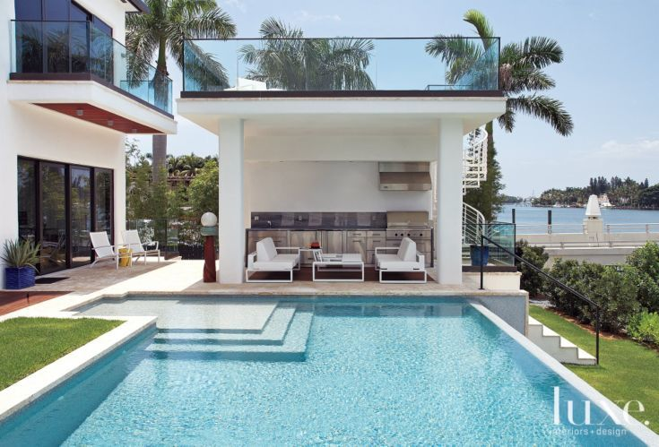 95 best images about pool cabana on pinterest pool for Outdoor pool cabana