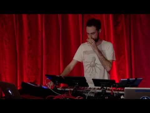 Comedy Lounge - Beardyman on BBC Radio 1 - YouTube