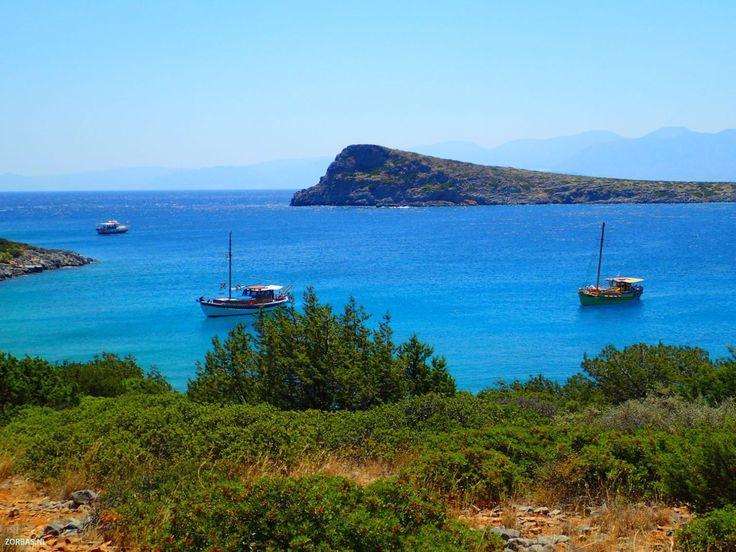 Prijzen appartementen op Kreta   Prijzen appartementen op Kreta 2017-2018:Zorbas Island op Kreta heeft appartementen en vakantiewoningen te huur, zowel in de zomer en winter. Hier vindt u een overzicht van de prijzen voor appartementen verhuur op Kreta. Er zijn ook mogelijkheden voor verblijf op verschillende locaties op Kreta. U kunt ons e-mailen voor een offerte
