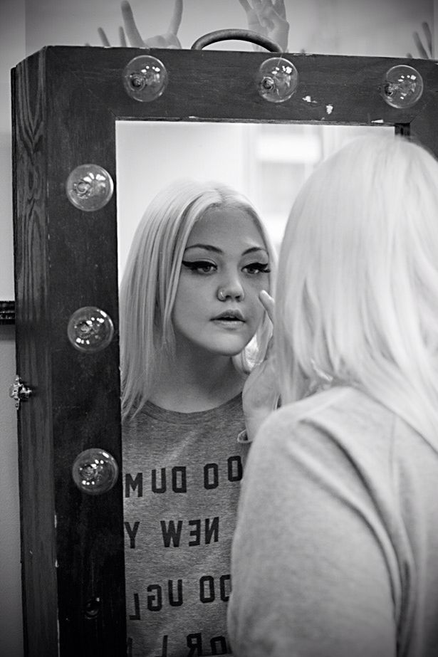 Elle King Ulster Hall 2015. What a fox.