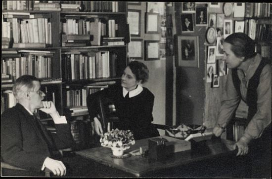 Time Travel to 1920s Paris: James Joyce with Shakespeare & Co founder Sylvia Beach in the bookstore's original location.