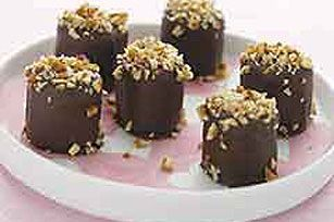 Marshmallow Truffles recipe another SUPER yumolla snack, and so easy to make!