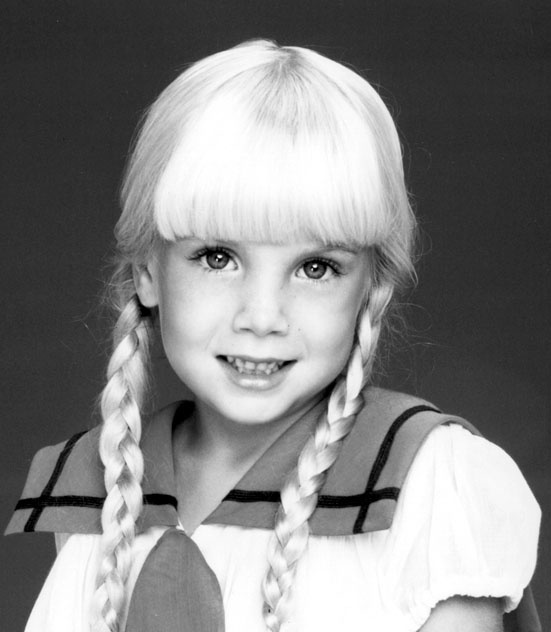 Heather O'Rourke Date of Birth 27 December 1975, San Diego, California, USA  Date of Death 1 February 1988, San Diego, California, USA (cardiopulmonary arrest and intestinal stenosis)