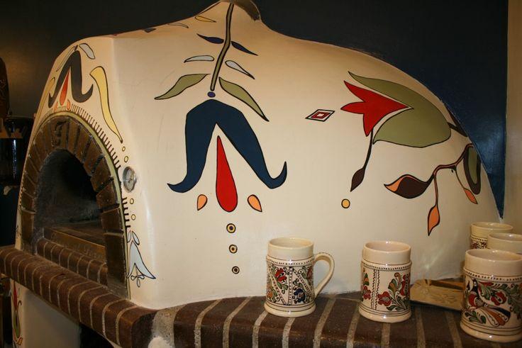 """Romanian traditional motifs inspired painted oven """"Cuptorul cu Lemne"""" Cuptor pictat cu elemente inspirate de motive traditionale romanesti """"Cuptorul cu Lemne"""""""