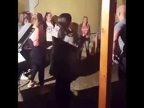 ROLAND - AMIKOR AZ ÉLŐZENE, ÉLETRE KEL...