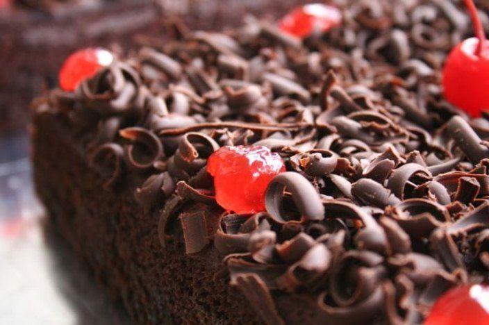 Resep Membuat Kue Brownies Cokelat Kukus - http://www.rancahpost.co.id/20150532049/resep-membuat-kue-brownies-cokelat-kukus/