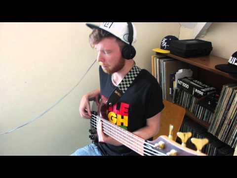 Custom Bass Groove - Ben Tunnicliffe  Using effect pedals and recorded in full HD.  http://www.youtube.com/user/bentunnicliffe for more videos.  Check out other sites if you like what you just watched.  Facebook - https://www.facebook.com/pages/Ben-Tunnicliffe-Music/323580594338718 Instagram - http://instagram.com/bentunnicliffe Tumblr - http://bentunnicliffe.tumblr.com/ Twitter - https://twitter.com/BenTunnicliffe Soundcloud - https://soundcloud.com/bentunnicliffe