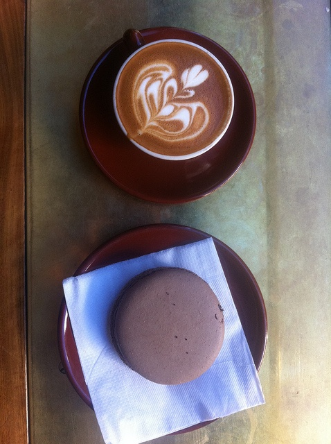 Macchiato & Macaron (Stumptown Coffee Roasters, Ace Hotel): Http Etypesofcoffeebean With, Autumn Coffee, Beautiful Coffee, Ace Hotels, Memorial Lovers, Memorial Cream, Stumptown Coffee Roaster, Memorial Drinker, Memorial Art