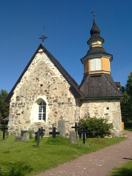 Kumlinge church in   Åland islands by Heidi Ikonen