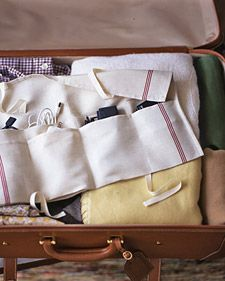 Travel tote for gadgets and cords made from a kitchen towel - clever idea and very practical
