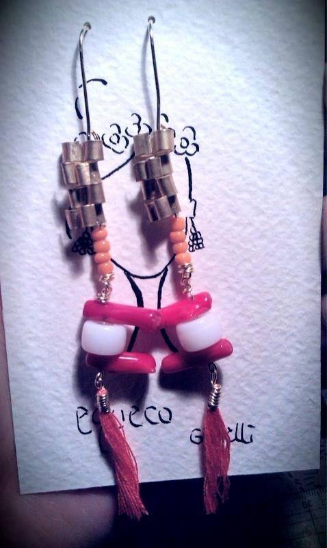 Earrings on fire! /Anelli con pietre che richiamano il tramonto  #earrings #fashion #colorful #handmade #bohemianjewelry