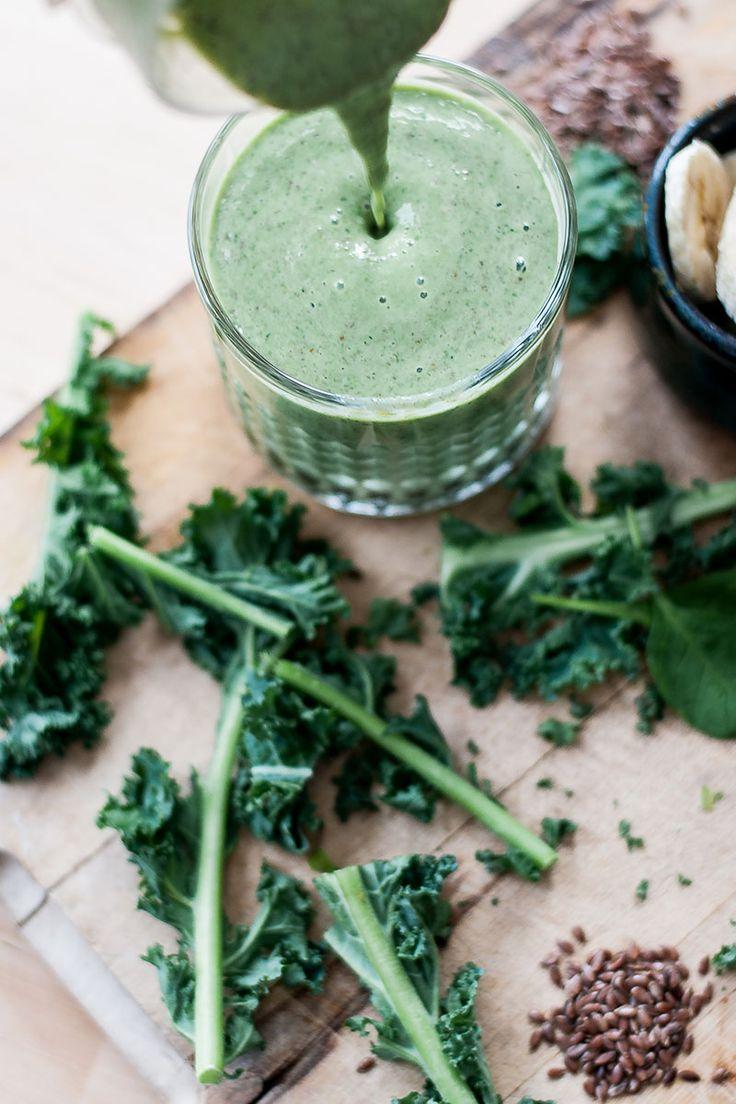 Smoothie vert au yogourt grec et à la banane, avec du lait Natrel à l'érable et des graines de lin | Natrel