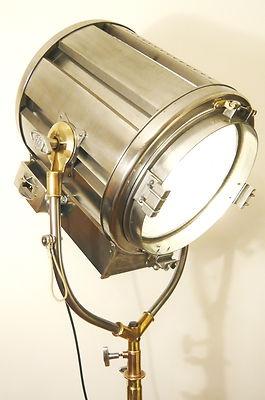 Mole Richardson light  http://www.ebay.co.uk/itm/1940S-BERKEY-FILM-STUDIO-LIGHT-ANTIQUE-LAMP-ART-DECO-MODERNIST-MOLE-RICHARDSON-/150961202312?pt=UK_Antiques_AntiqueFurniture_SM=item2325fd2488