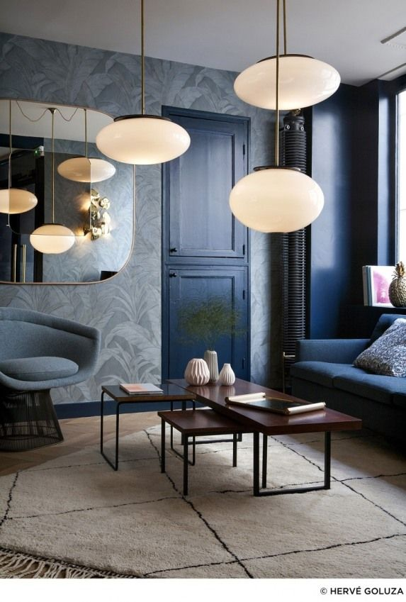 use of lights - Hotel Henriette Paris I Galerie Photos... get some more inspiration at www.homeanddelicious.com