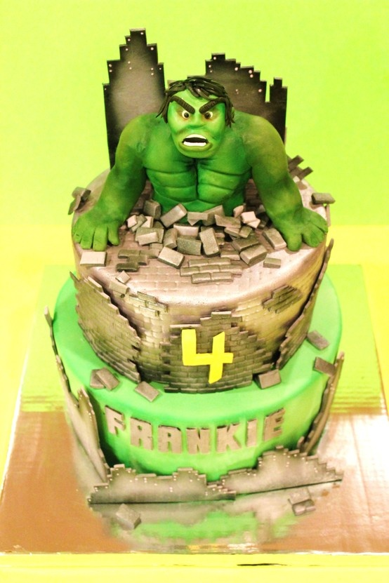 1000+ images about hulk/avengers cakes on Pinterest Hulk ...