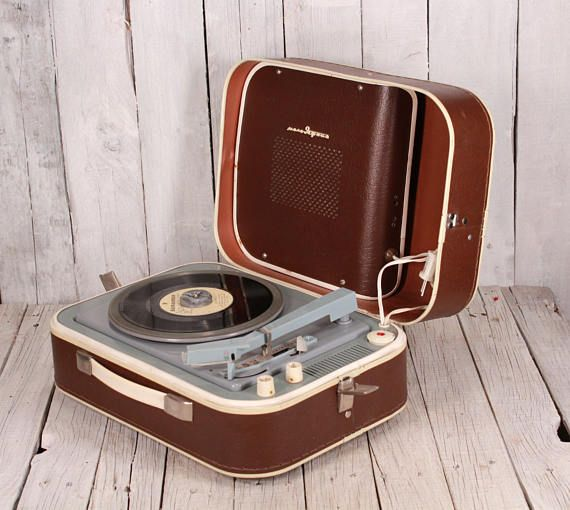 """Vintage portable record player USSR """"Yunost"""" - Soviet record player - Old gramophone - Vinyl record player - Working turntable phonograph"""