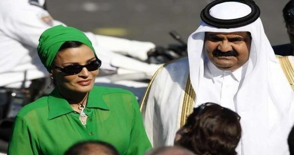 بعد التطورات المفاجئة رسالة من حمد بن خليفة والشيخة موزا إلى أمير الكويت يحملها تميم فيديو