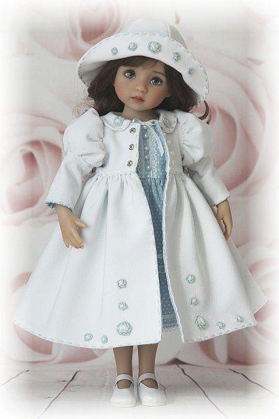 Всем привет! Решила показать сегодня сшитый мною комплект для коллекционной куклы Little Darling от Дианы Эффнер. Вдохновила меня моя новая
