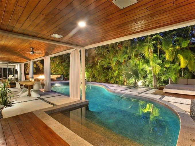 Luxury Backyard Features : luxury home in Miami, Florida  Outdoor Pools & Other Water Features