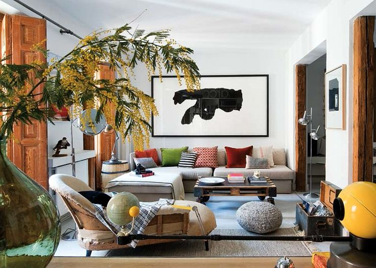 Eclectische woonkamer in een Hipster appartement in Madrid