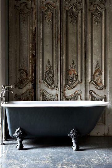 .: The Doors, Bath Tubs, French Doors, Interiors, Clawfoot Tubs, Bathtubs, Claws Foot, Antiques Doors, Bathroom