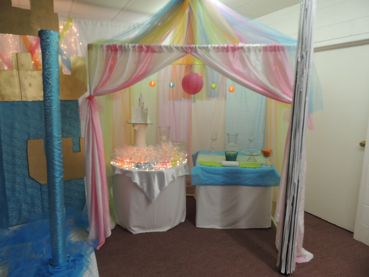 build a canopy frame with pvc pipe use tulle for the