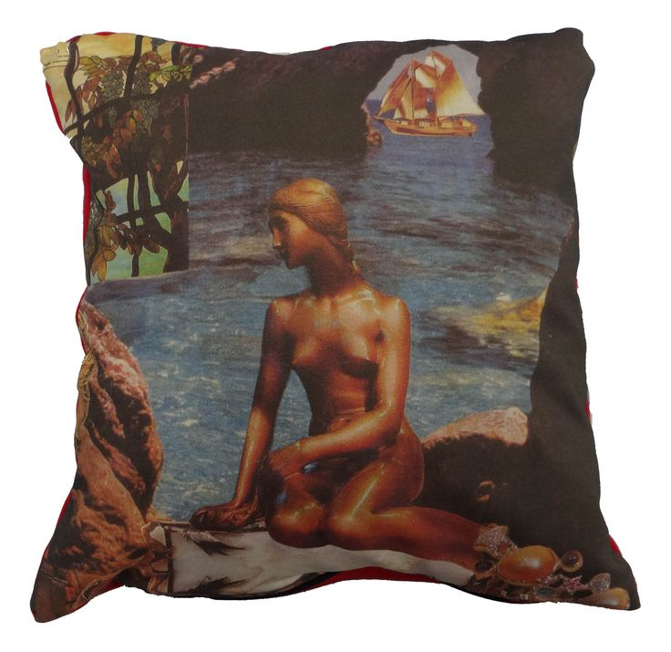 Luxury digitally printed cushion, hand made in Spain that features the famous story The Little Mermaid by Hans Christian Andersen. #thelittlemermaid #hcandersen #cushion #pillow #decor #digitalprint #cushionsale #shop #handmade #buy #art #fairytale #homedesign #print #interiordesign #luxury #story #forbed