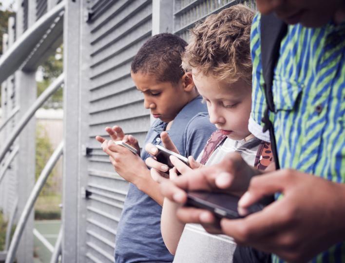Vulgarizmy sa môžu objaviť u detí všetkých vekových kategórií. Stretávajú sa s nimi počas celého detstva a v každom období ich vnímajú inak.