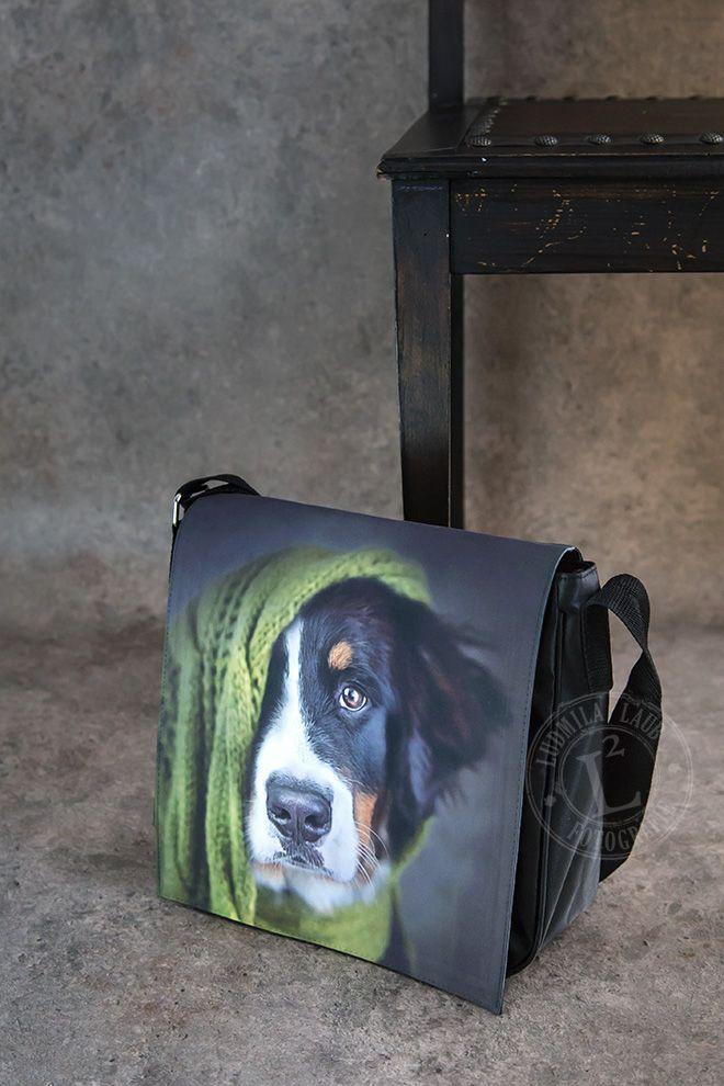 Sunny Von Bayern Shoulder Bag Creatividad