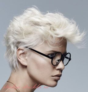 Небрежная укладка с окрашиванием холодный блонд