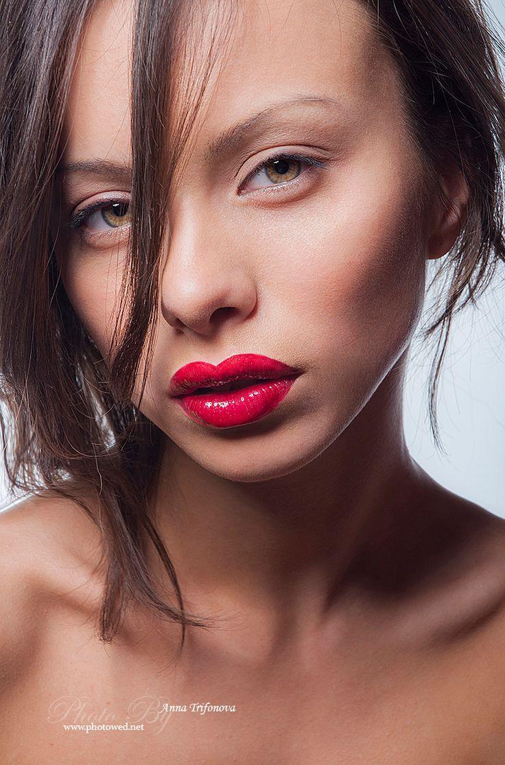 Beauty women portrait in fashion style. Профессиональный фотограф. Фотосъемка.