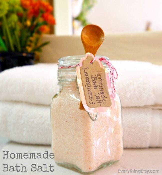 Homemade Bath Salt using essential oil...this is one of my favorite DIY gifts! #diy