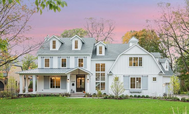 Best White Barn House Style Home Transitional Home Exterior Modern Farmhouse Exterior White 400 x 300